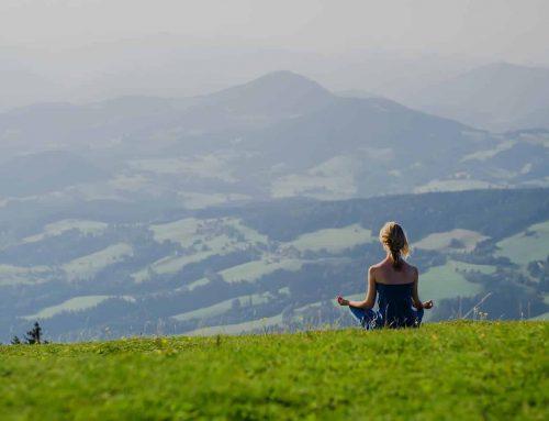 10 Anzeichen wann Du ein Yoga Retreat besuchen sollst
